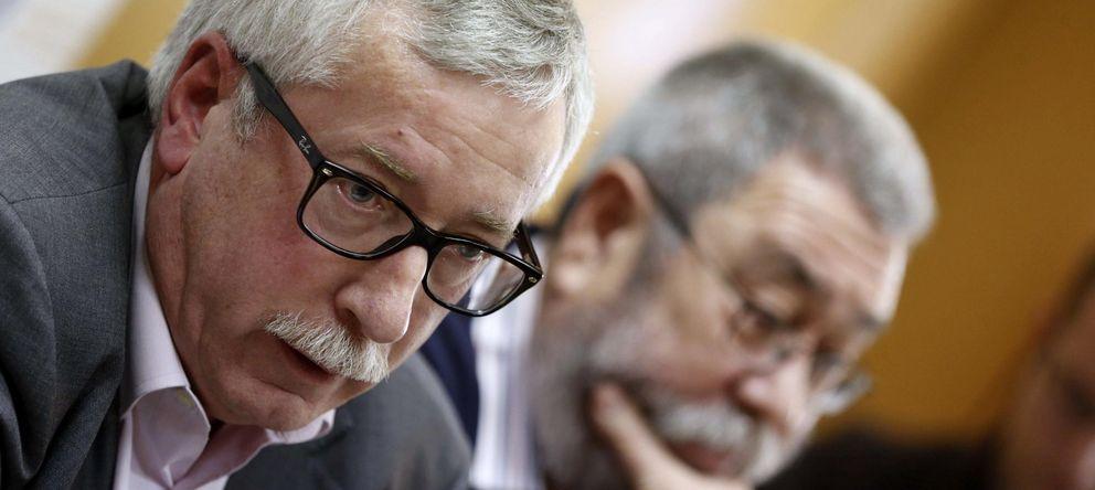 Foto: Los secretarios generales de CCOO y UGT, Ignacio Fernández Toxo (i) y Cándido Méndez. (EFE)
