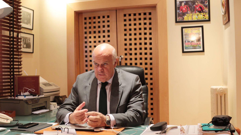 El de Ginés Carvajal, un despacho modesto, pero con una vida intensa.