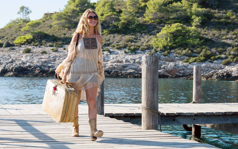 Foto: Lily James en un fotograma de 'Mamma Mia: una y otra vez'. (Cordon)