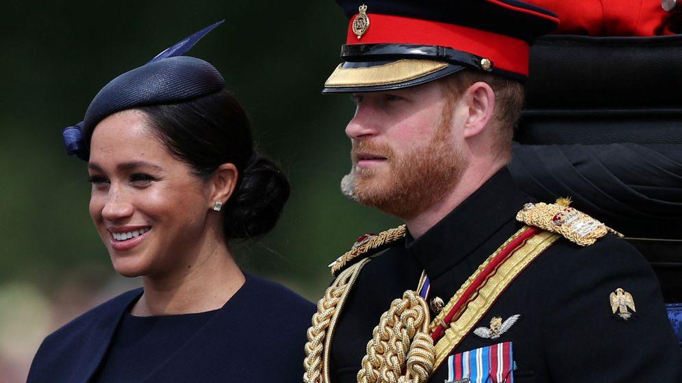 Foto: Meghan y Harry, en el desfile. (Reuters)