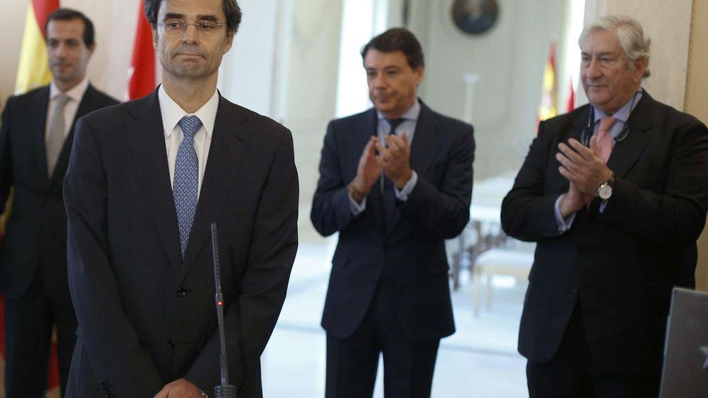 Foto: El consejero de Sanidad, Javier Maldonado, durante la toma de posesión de su cargo, el pasado mes de diciembre. (EFE)