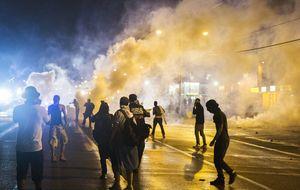 Gobernador de Misuri moviliza a la Guardia Nacional ante los disturbios