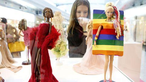 Barbie se viste de alta costura para narrar la historia de la moda