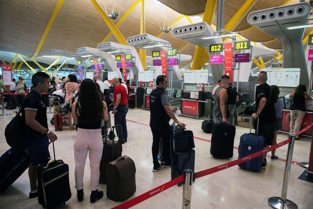 Foto: La patronal turística confía en que la tasa verde a las aerolíneas no prospere. (EFE)