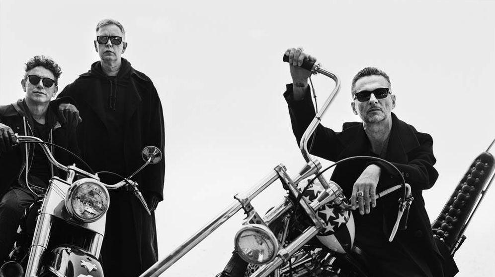 Foto: Martin Gore, Andrew Fletcher y David Gahan en una imagen promocional de Depeche Mode | Anton Corbijn