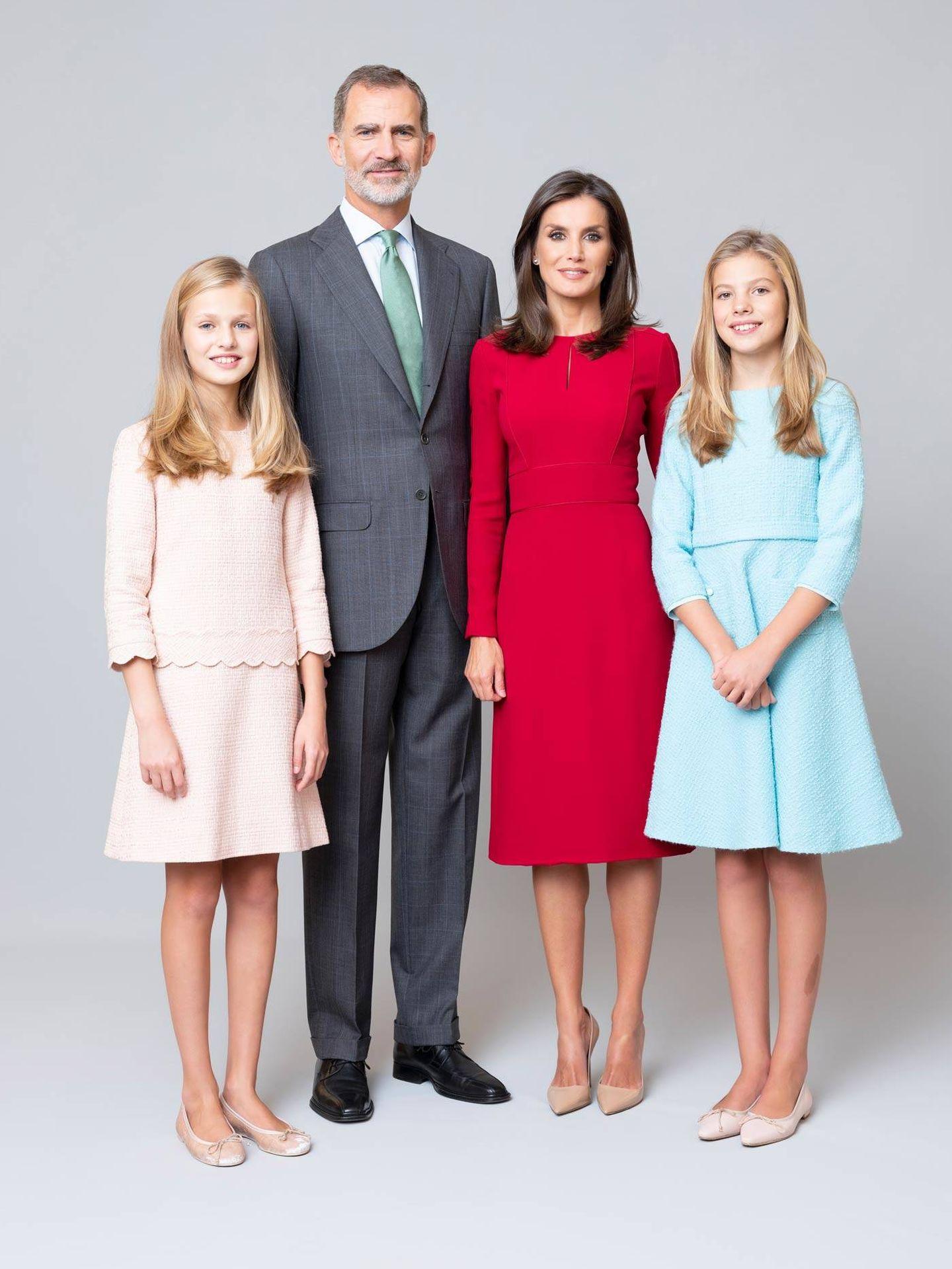 Los Reyes y sus hijas. (Casa Real)