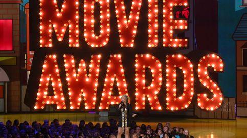 Jennifer López, Scarlett Johansson y Cara Delevigne brillan en los MTV Movie Awards