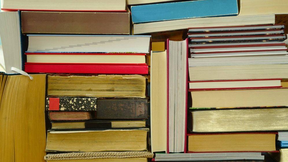 Foto: Libros apilados. (Pixabay)