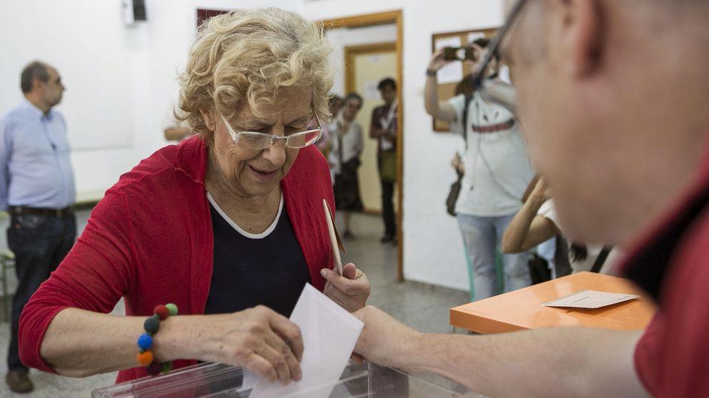 Carmena, al votar: Lo importante es que haya Gobierno pronto