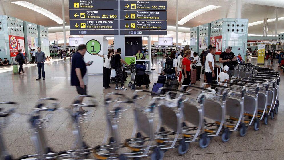 Foto: Vista general de la terminal 1 del aeropuerto de El Prat durante la pasada huelga. (EFE)