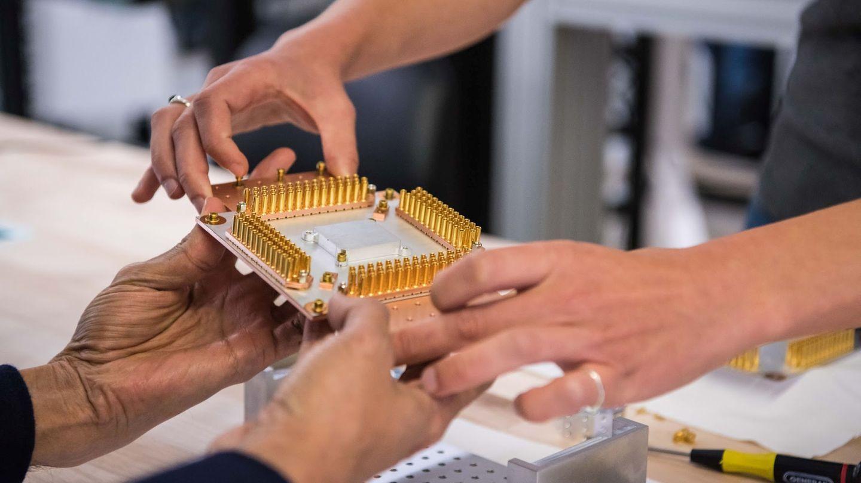 Un componente del ordenador cuántico de Google. (Reuters)