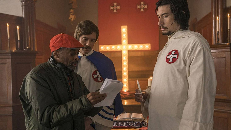 Lee, Topher Grace y Driver en 'Infiltrado en el KKKlan'. (Universal)