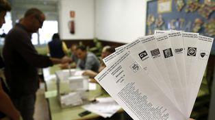 Cuatro sencillos pasos para convertir al votante en un cafre