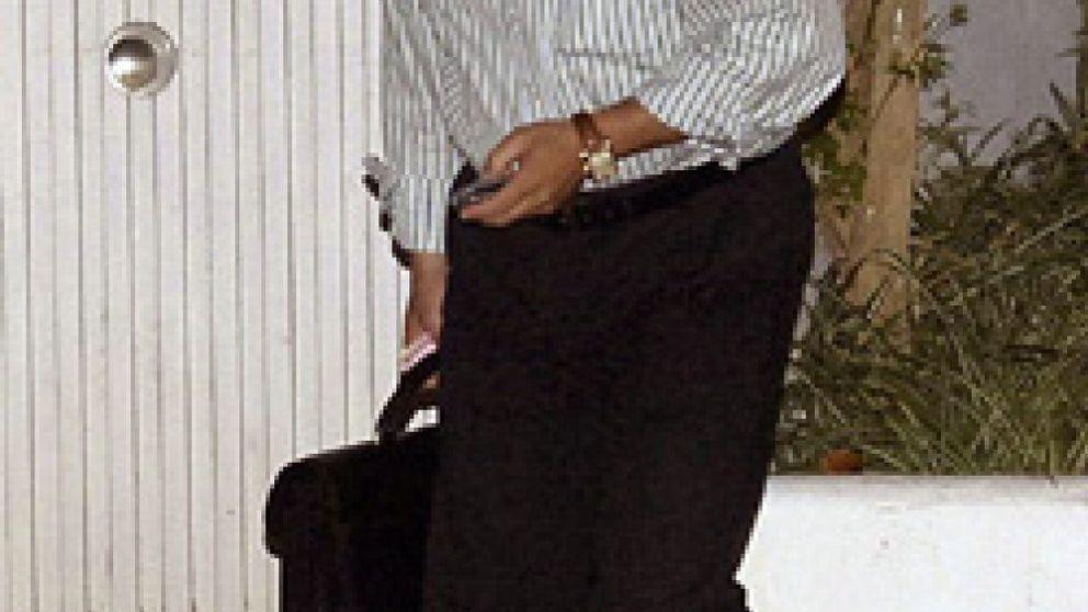 """Aifos responde a las acusaciones de 'soborno': """"Lo más caro que hemos regalado es un bolso de Loewe"""""""