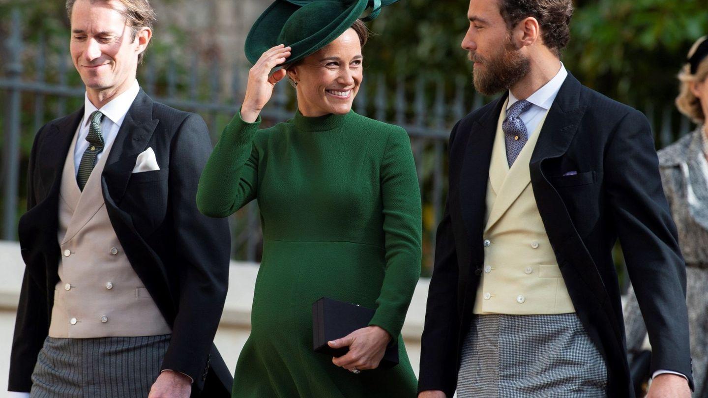 Pippa, con su marido y su hermano. (Reuters)