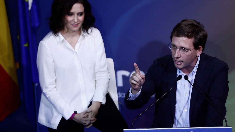 La presidenta de la Comunidad de Madrid, Isabel Díaz Ayuso, junto al alcalde de Madrid, José Luis Martínez-Almeida. (EFE)