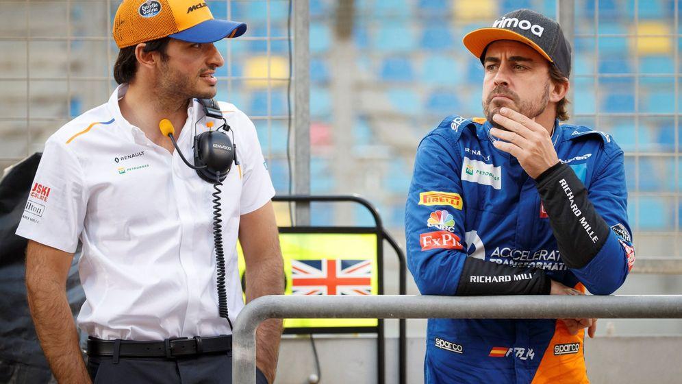 Foto: Fernando alonso y Carlos Sainz compartieron en 2019 un test posterior al GP de Bahrein