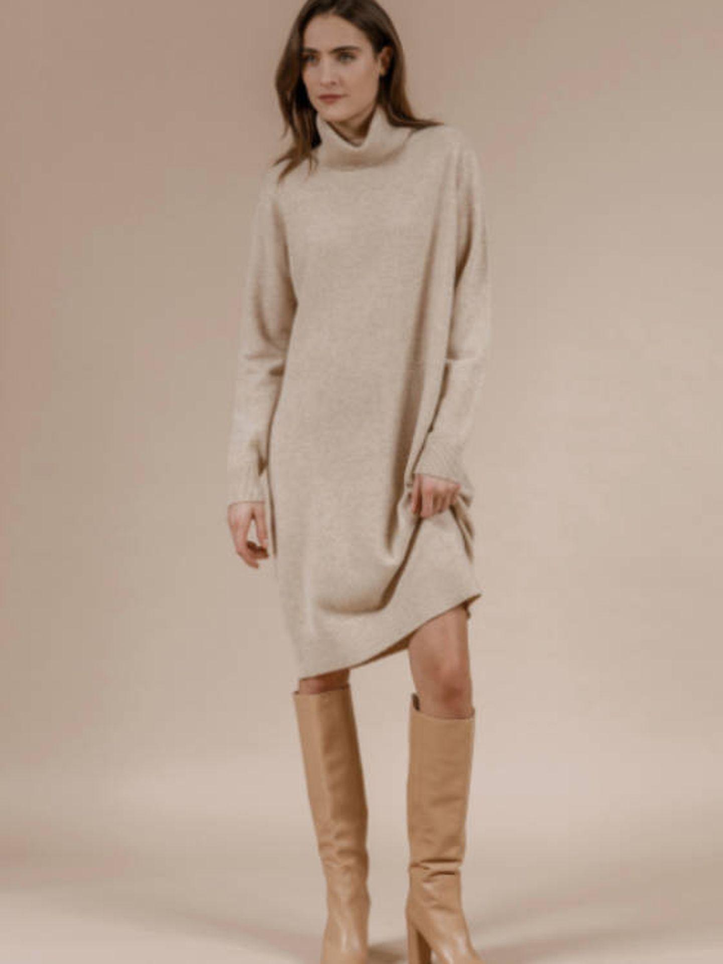 El vestido de punto que lleva Sofía de Suecia. (Cortesía)