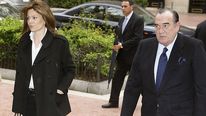 Fernando Fernández Tapias, junto a Nuria González, su actual esposa. (EFE)
