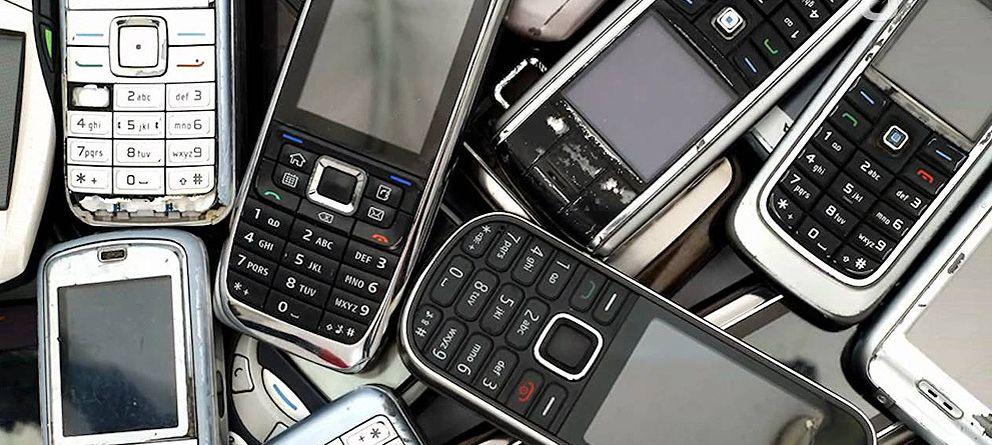 Foto: Los móviles viejos se le atragantan a España
