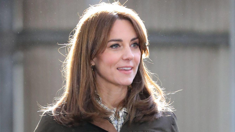 El bonito mensaje de Kate Middleton con este vestido amarillo de su fondo de armario