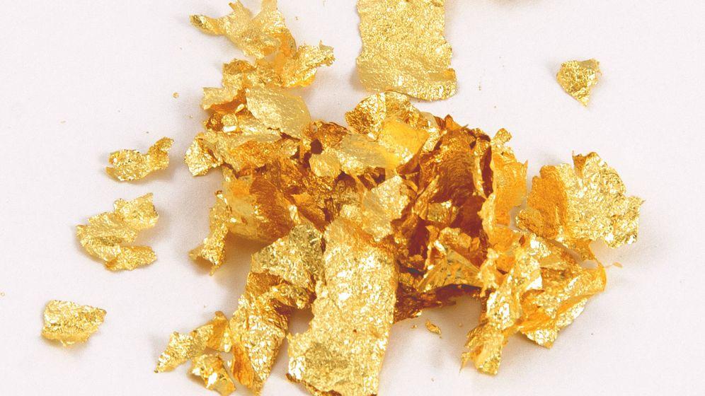 Foto: Copos de oro comestible.