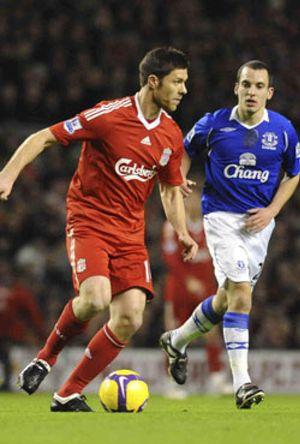 El Liverpool pierde el liderato en el derbi ante el Everton