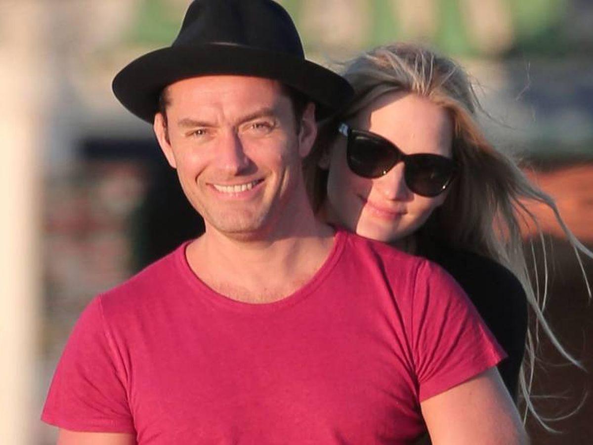 Foto:  Jude Law y Phillipa Coan. (CP)