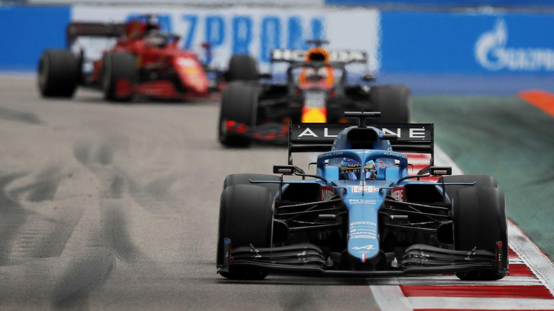En Sochi, Alonso terminó con la sensación de haber podido lograr el podio en una carrera alocada