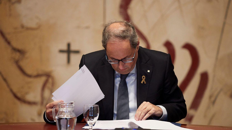 El presidente de la Generalitat, Quim Torra, durante la reunión extraordinaria del Govern. (EFE)