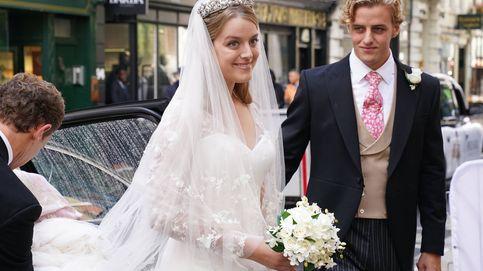 El look nupcial de Flora Ogilvy, sobrina de Isabel II: de su vestido de novia a la tiara de su abuela