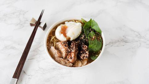 Fideos ramen con pollo, soja y sésamo: un yatai japonés en tu propia casa