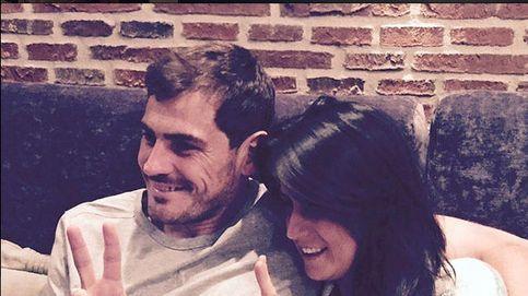 Instagram - Casillas y su cuñada, enganchados a 'La Voz'