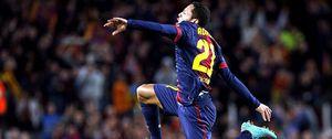 Adriano, un defensa con alma de delantero para 'rescatar' al Barcelona ante el Atlético