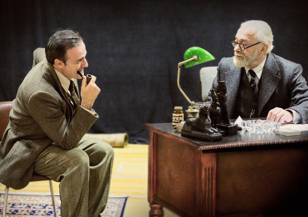 Foto: Eleazar Ortiz y Helio Pedregal dan vida a C.S. Lewis y Freud