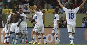Pirlo y Balotelli se deshacen de México y dan a Italia su primera victoria