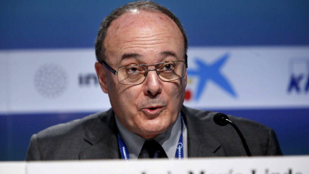 El BdE reclama a Rajoy aumentar el IVA y revisar la cobertura del paro