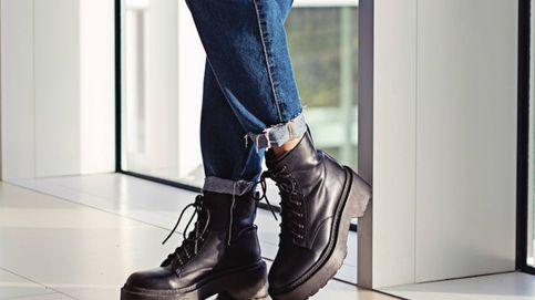Estas botas militares de Stradivarius han enamorado a Charlotte Framboise en Instagram