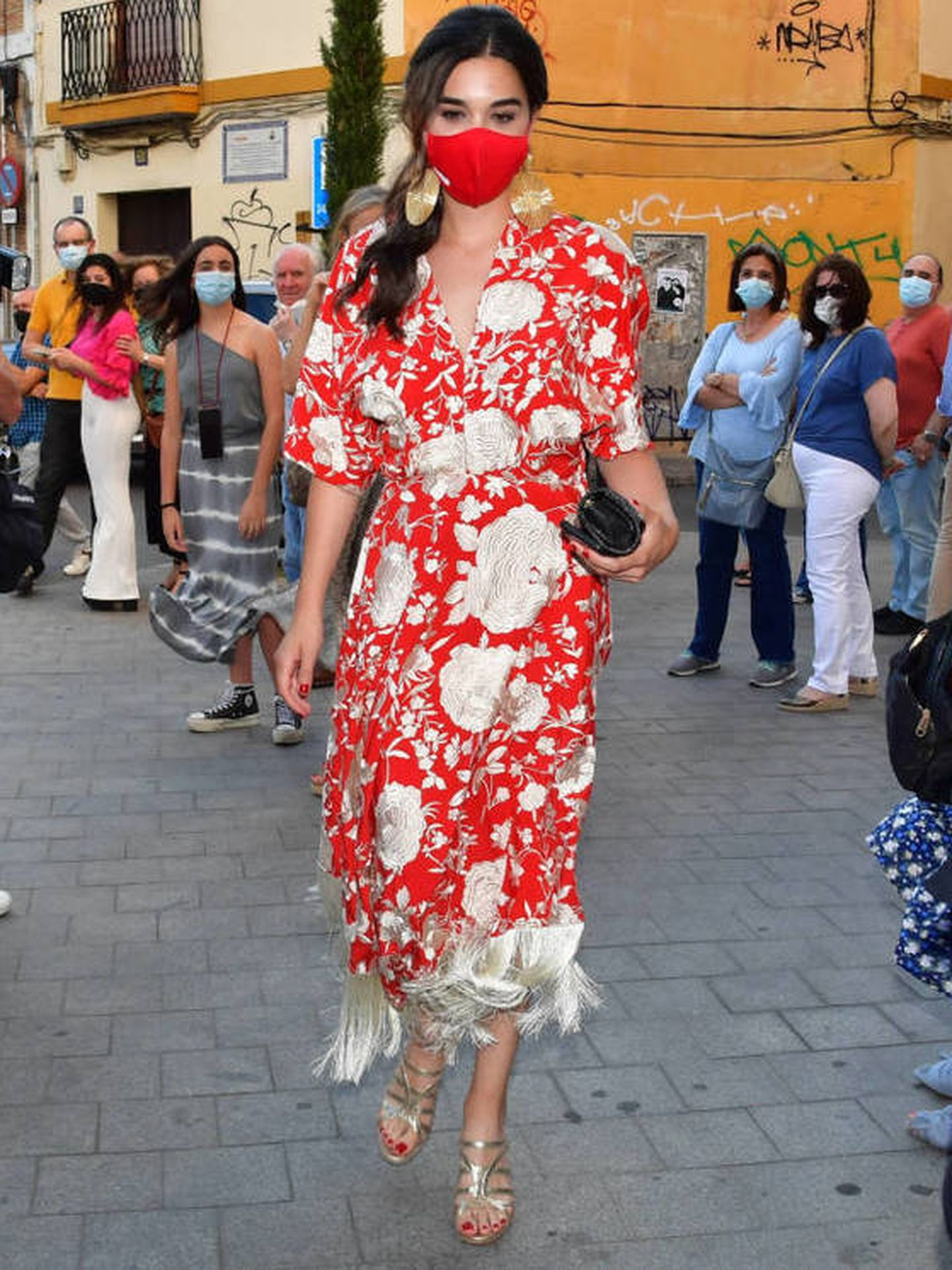 Bárbara Mirjan, vestida con un diseño de Rocío Peralta. (Gtres)