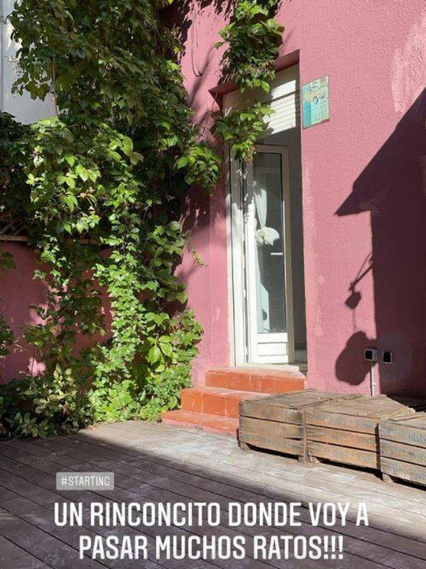 Fachada y terraza de la nueva casa de Eugenia Osborne. (Redes)