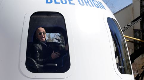 La persona que pagó 28 millones por ir al espacio con Jeff Bezos se queda en tierra