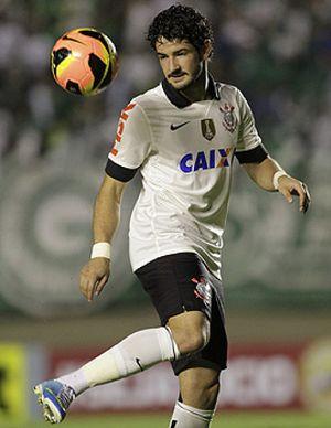 Brasil intenta seducir a la clase media del fútbol mundial ofreciendo sueldos de estrella