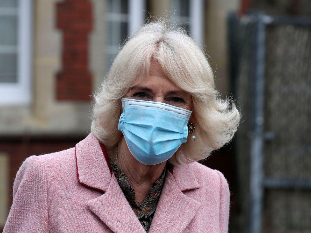 Foto: Camilla, este miércoles en un centro de vacunación. (Reuters)