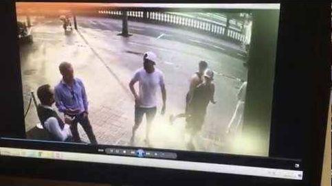 Así roban un reloj a un turista en pleno día