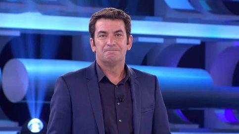 Arturo Valls, en la intimidad: así es tras las cámaras el presentador de 'Ahora caigo'