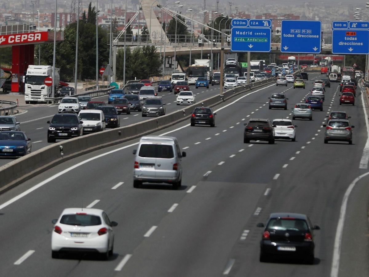 Foto: De los más de 26.000 kilómetros de la red estatal de carreteras en España, unos 12.000 corresponden a vías de alta capacidad.