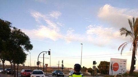 Una mujer da a luz en un coche asistida por agentes de Policía de Lorca (Murcia)