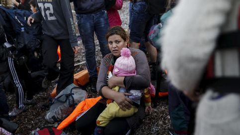 Mueren siete niños al hundirse la barca en la que se dirigían a Grecia