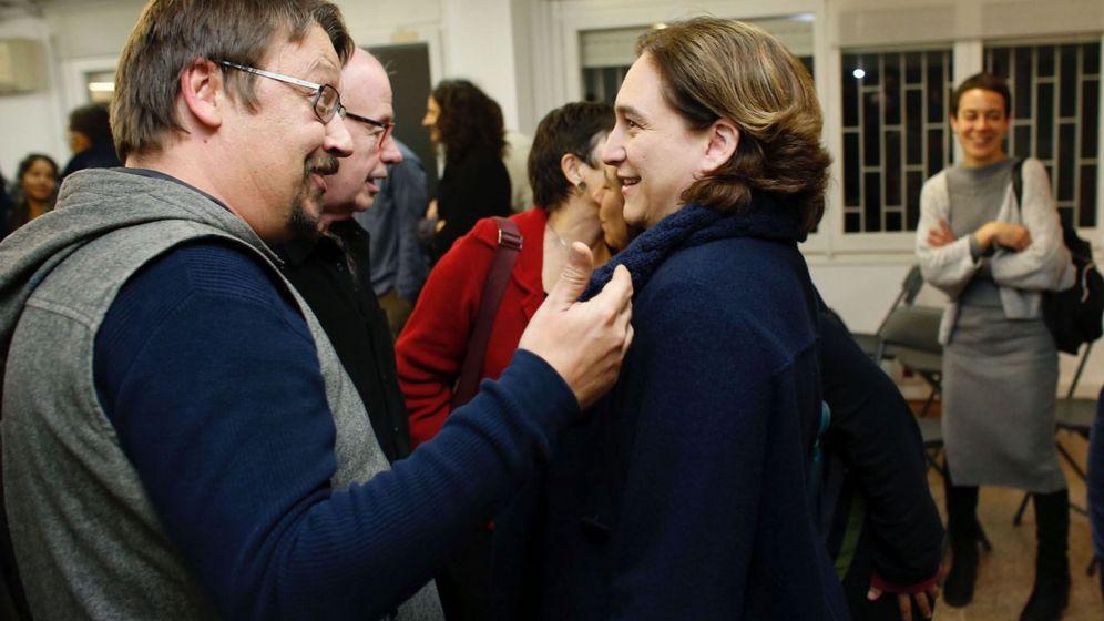 Foto: El diputado Xavier Domènech y la alcaldesa de Barcelona, Ada Colau, en una foto de archivo. (EFE)