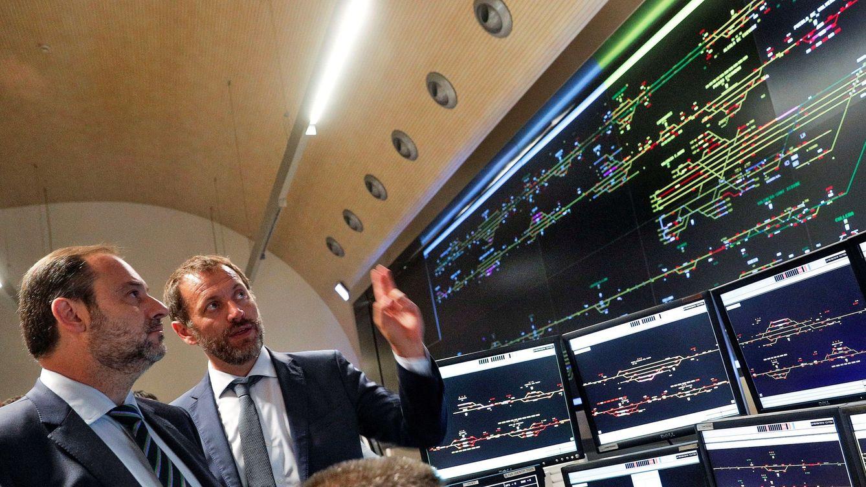 Pánico a los 'hackeos' en España: dinero público a dedo para blindar las AAPP